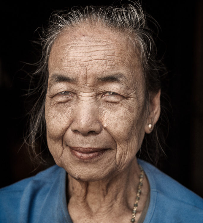 Woman, Laos, Louang Prabang,necklace, André Alessio, Graphylight, Woman,